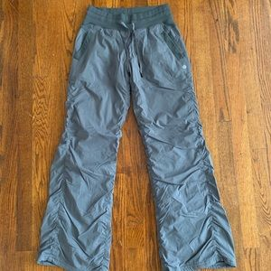 Lululemon dance studio pant *lined